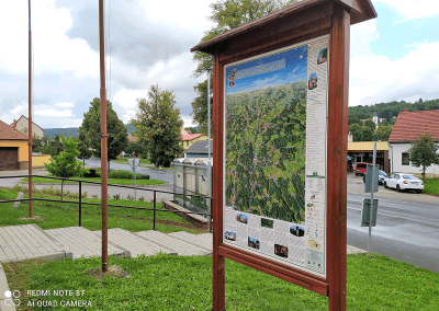 Malovaná mapa - městys Knínicesta Telč